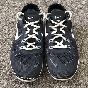 Nike Free TR FIT 4 Black White Sneaker Shoes 8.5